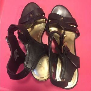 Marc Fisher Heels Sandals size 6 1/2 black leather
